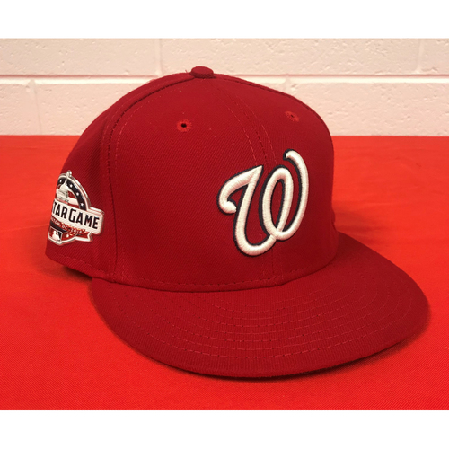Photo of Sean Doolittle Game-Used Washington Nationals 2018 Red Cap