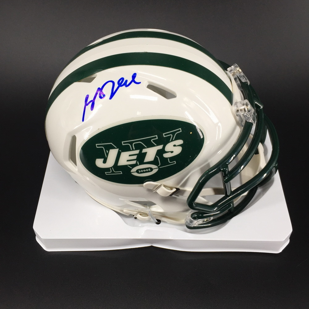 NFL - Jets Sam Darnold Signed Mini Helmet