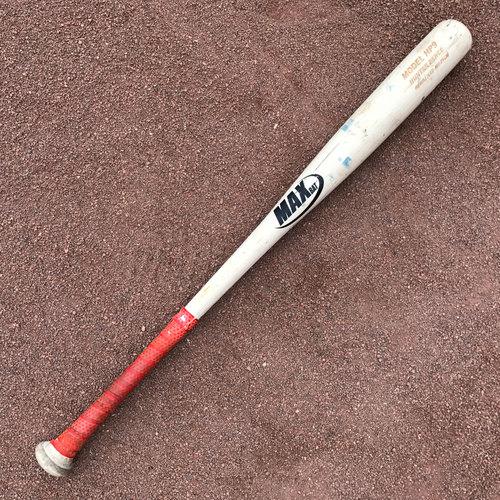 San Francisco Giants - Game-Used Broken Bat - Hunter Pence
