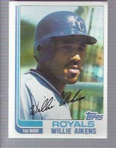 Photo of 1982 Topps #35 Willie Aikens