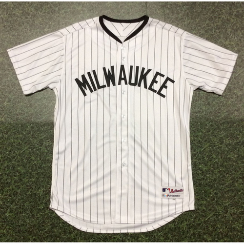 Photo of Milwaukee Bears Team-Issued Blank Jersey - Size 48