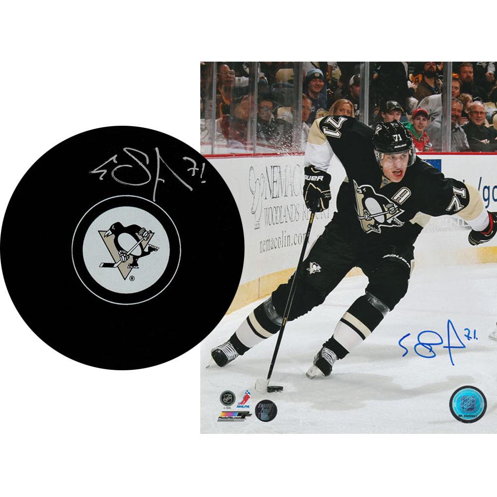 Evgeni Malkin Autographed Pittsburgh Penguins Combo Lot - 8X10 Photo & Puck
