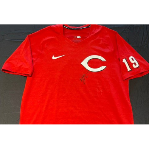 Photo of Joey Votto *Autographed & Inscribed* Team-Issued Batting Practice Shirt -- 1,000th Career RBI Game -- SD vs. CIN on 06/30/2021<br><br>