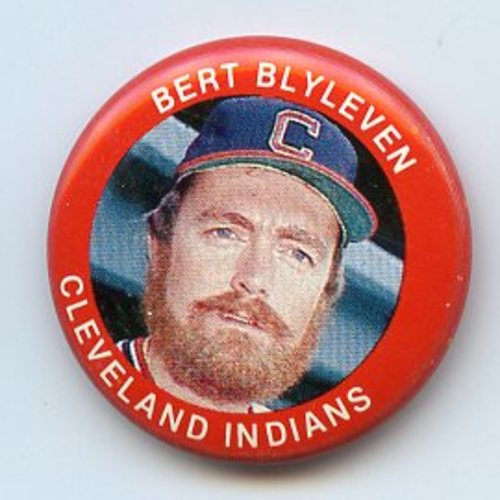 Photo of 1984 Fun Foods Pins #106 Bert Blyleven