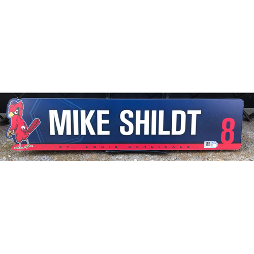 Photo of Cardinals Authentics: Mike Shildt Game-Used 2nd Half of Season Locker Tag from 2019
